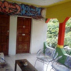 IRIE Vibez hostel Порт Антонио балкон