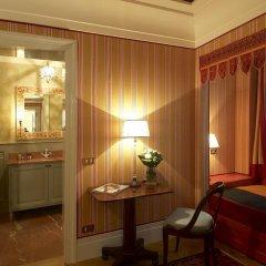 Отель Antica Torre Di Via Tornabuoni 1 3* Стандартный номер с различными типами кроватей фото 2