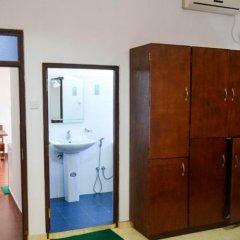 Отель Di Sicuro Inn Шри-Ланка, Хиккадува - отзывы, цены и фото номеров - забронировать отель Di Sicuro Inn онлайн сейф в номере