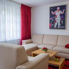 Отель U Zlatého Gryfa Чехия, Прага - отзывы, цены и фото номеров - забронировать отель U Zlatého Gryfa онлайн комната для гостей фото 3