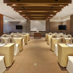 Woodlands Hotel & Resort Паттайя помещение для мероприятий