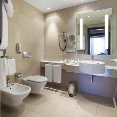 Отель NH Collection Milano President 5* Улучшенный номер с различными типами кроватей фото 3