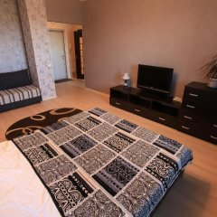 Апартаменты Gems Apartments Минск комната для гостей фото 4