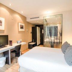 Отель Petit Palace Chueca 3* Стандартный номер с различными типами кроватей фото 4