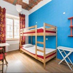 Хостел Ура рядом с Казанским Собором Кровать в мужском общем номере с двухъярусной кроватью фото 19