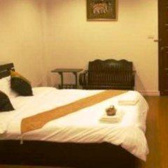 Отель BAANBORAN Бангкок комната для гостей
