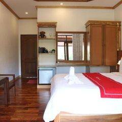 Отель Villa Oasis Luang Prabang 3* Номер Делюкс с двуспальной кроватью фото 9