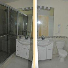 Отель Beach One Bedroom Suite 13 ванная