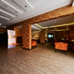Отель Atwaf Suites развлечения