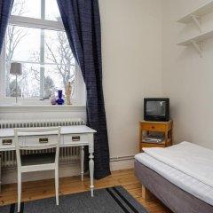 Отель Hagbackens Gård Bed & Breakfast Эребру комната для гостей фото 2