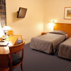 Гранд Отель Украина 5* Стандартный номер с двуспальной кроватью фото 3