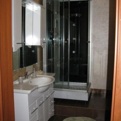 Novozhenovsky Hotel Стандартный номер с различными типами кроватей фото 4