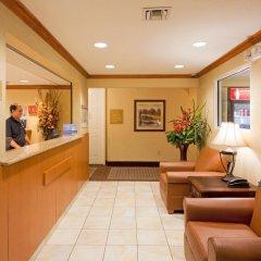 Отель Candlewood Suites Fort Lauderdale Airport-Cruise США, Форт-Лодердейл - отзывы, цены и фото номеров - забронировать отель Candlewood Suites Fort Lauderdale Airport-Cruise онлайн интерьер отеля фото 2