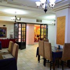 Отель Abjar Hotel Иордания, Амман - отзывы, цены и фото номеров - забронировать отель Abjar Hotel онлайн питание фото 2