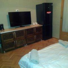 Отель Mia Guest House Tbilisi Стандартный номер с различными типами кроватей фото 8