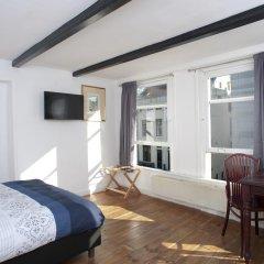 Отель Red & Breakfast комната для гостей фото 3