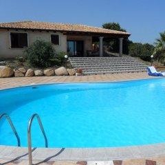 Отель Villaggio Bellavista Кастельсардо бассейн