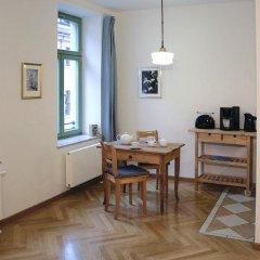 Отель Appartement Frauenkirche в номере
