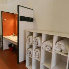 Layos Hostel - Camp удобства в номере