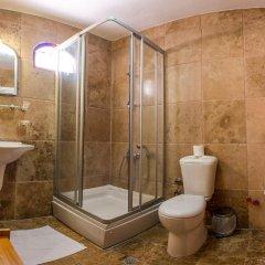 Kirkit Hotel 3* Стандартный семейный номер с двуспальной кроватью