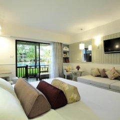 Отель Katathani Phuket Beach Resort 5* Номер Делюкс с двуспальной кроватью фото 21