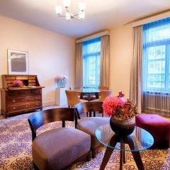 ALDEN Suite Hotel Splügenschloss Zurich 5* Полулюкс с различными типами кроватей фото 6