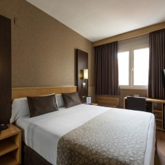 Отель Catalonia Sagrada Familia 3* Стандартный номер с различными типами кроватей фото 2