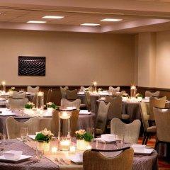 Отель Aloft Chicago City Center фото 2