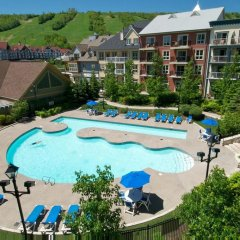 Отель Blue Mountain Resort бассейн