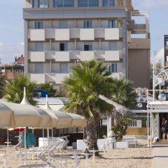 Отель Du Soleil Италия, Римини - отзывы, цены и фото номеров - забронировать отель Du Soleil онлайн пляж фото 2