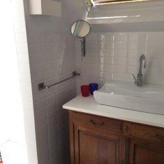Отель Guest House Les 3 Tilleuls ванная фото 2
