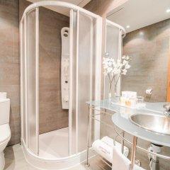 Отель Petit Palace Cliper Gran Vía Испания, Мадрид - отзывы, цены и фото номеров - забронировать отель Petit Palace Cliper Gran Vía онлайн ванная
