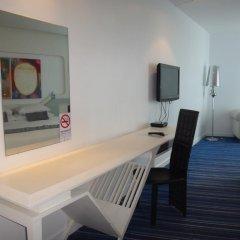 Glacier Hotel Khon Kaen 3* Номер категории Премиум с различными типами кроватей фото 4