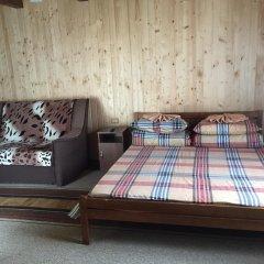 Hotel Gimba Поляна комната для гостей