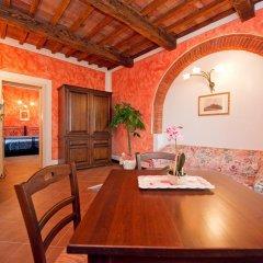 Отель Villa Di Nottola 4* Люкс с различными типами кроватей фото 3