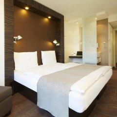 Отель Motel One Duesseldorf City 2* Стандартный номер с различными типами кроватей фото 2