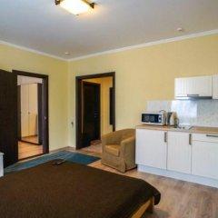 Гостевой дом Лорис Апартаменты с двуспальной кроватью фото 6