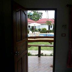 Отель Hana Lanta Resort Стандартный номер фото 11