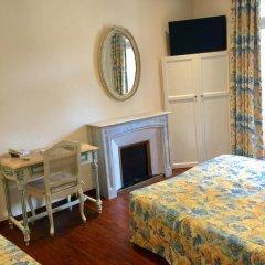 Отель Hôtel Lépante 2* Улучшенный номер с различными типами кроватей фото 2