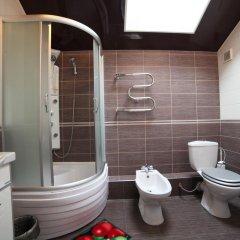 Гостиница Hostel Wow во Владимире 12 отзывов об отеле, цены и фото номеров - забронировать гостиницу Hostel Wow онлайн Владимир ванная