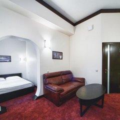 Мини-Отель 4 Комнаты Люкс с разными типами кроватей