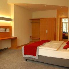 Hotel Alexander Plaza 4* Улучшенный номер с двуспальной кроватью фото 6