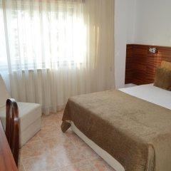 Hotel Louro 3* Стандартный номер двуспальная кровать фото 9