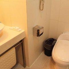 Отель Days Inn Forbidden City Beijing 3* Номер категории Эконом с различными типами кроватей