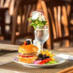 Отель Hawaii Riviera Aqua Park Resort гостиничный бар