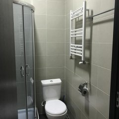Отель B&B Old Tbilisi 3* Улучшенный номер с различными типами кроватей фото 8