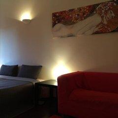 Апартаменты Miguel Bombarda Cozy Apartment комната для гостей фото 2
