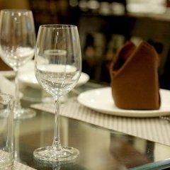 Отель Chirag Residency Индия, Нью-Дели - отзывы, цены и фото номеров - забронировать отель Chirag Residency онлайн гостиничный бар