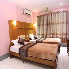 Garden Hotel 2* Улучшенный номер с различными типами кроватей фото 2