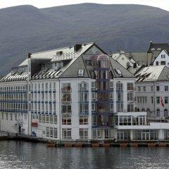 Отель Scandic Ålesund Норвегия, Олесунн - 1 отзыв об отеле, цены и фото номеров - забронировать отель Scandic Ålesund онлайн приотельная территория фото 2